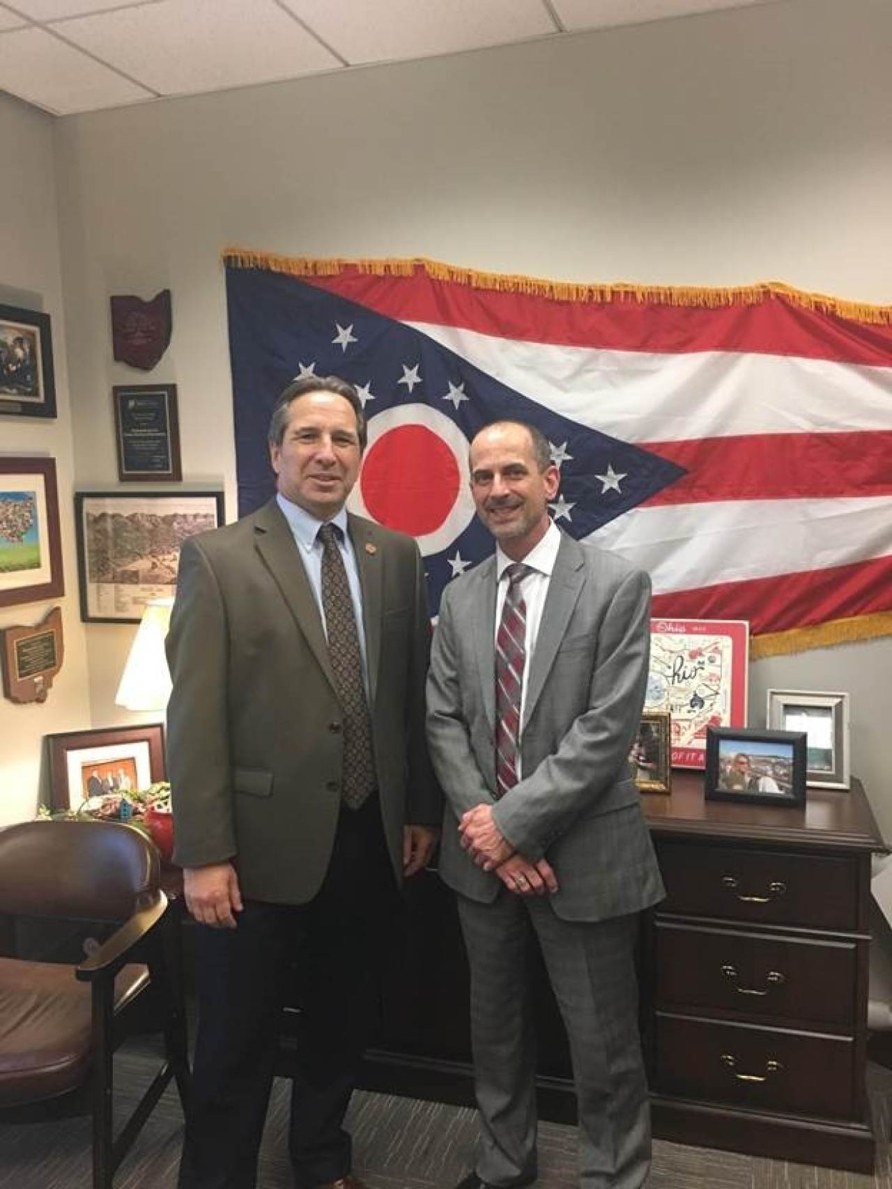 Cera welcomes Judge Yoss for day at the Ohio Statehouse
